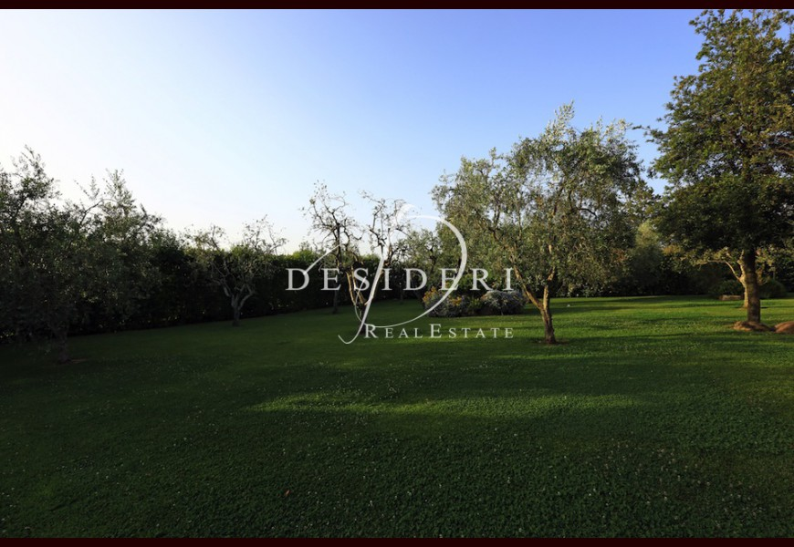 VILLA on SALE in GROSSETO -