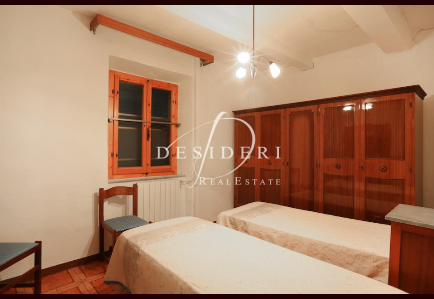 APARTMENT on SALE in ROCCASTRADA - SASSOFORTINO