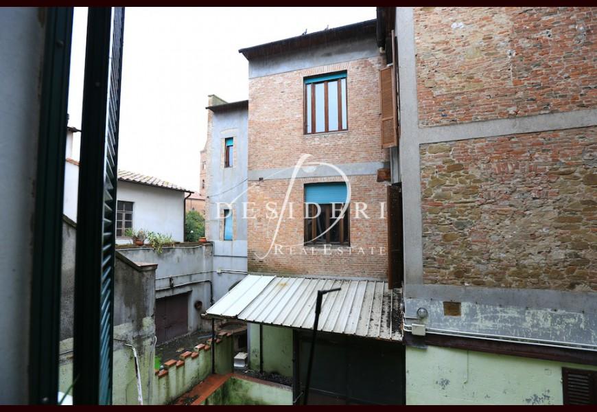 Ufficio in affitto a grosseto centro storico rif d lu2242 for Affitto ufficio centro storico