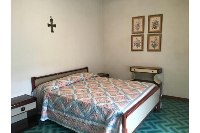 BIFAMILIARE in VENDITA a FORTE DEI MARMI
